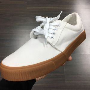 Other - Men's White canvas sneaker